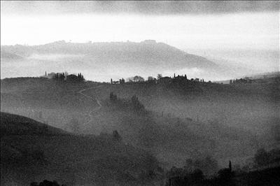 Early morning mists around San Gimignano 4