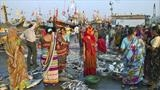 Vanakbara fish market in Diu by Jan Traylen, Photography
